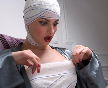"""Protesi seno """"mammarie"""" realizzate con materiali scadenti adatti ad uso industriale, e non con silicone medico. Ecco cosa produceva, per ridurre sensibilmente i costi, l'azienda transalpina Poly Implant Prothese (Pip). […]"""